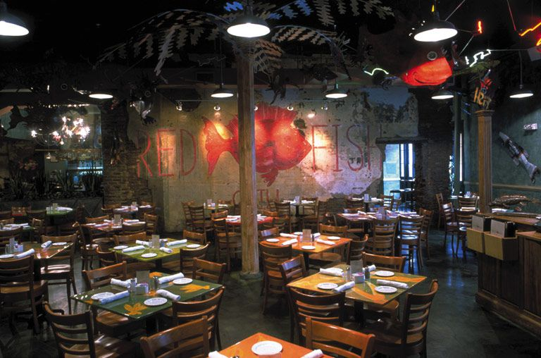 View of the inside of Red Fish Grill